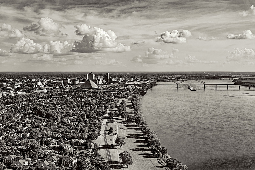 211, Memphis, TN, looking down river