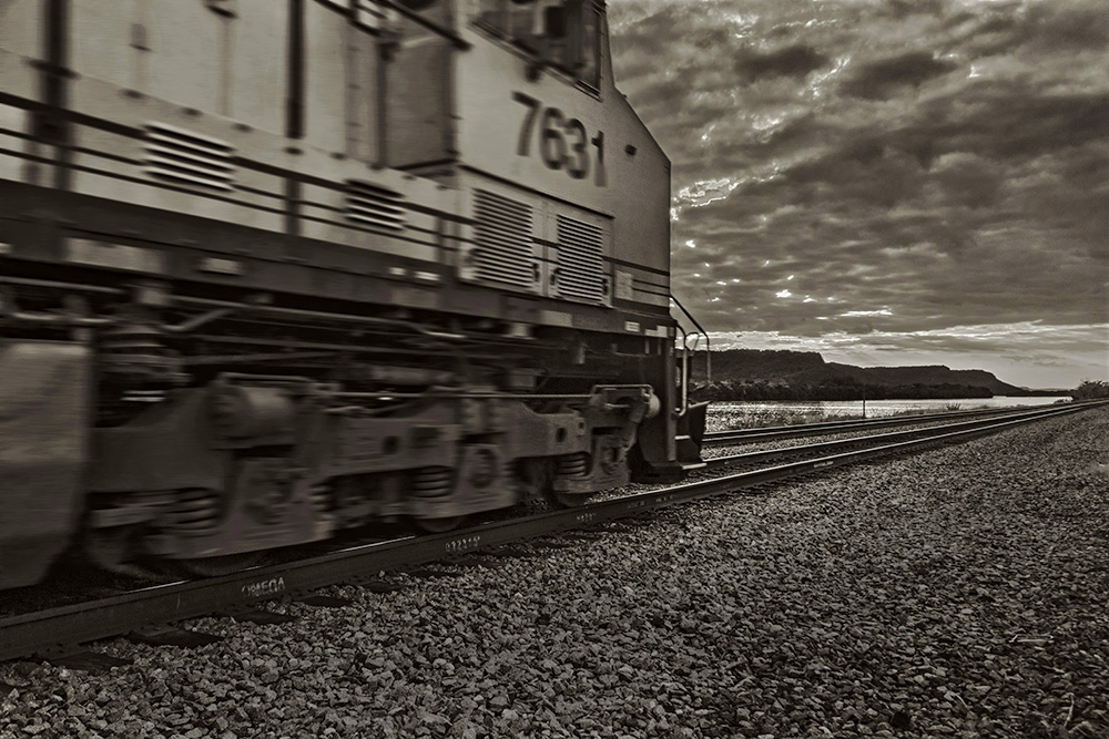 89, Freight train along the Mississippi at Trempeleau, WI