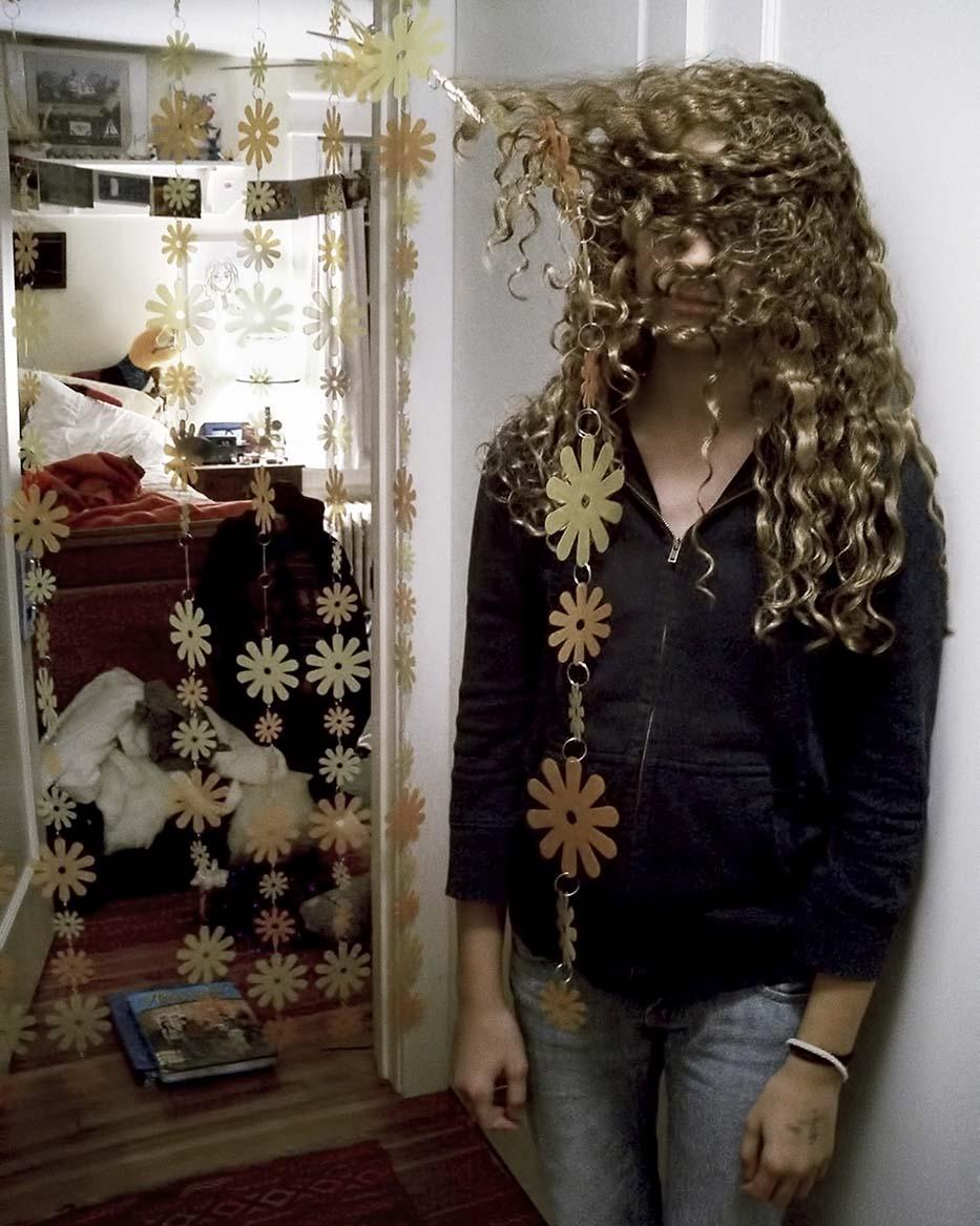 12 0609-02g,Laura,hair,2800 72dpi
