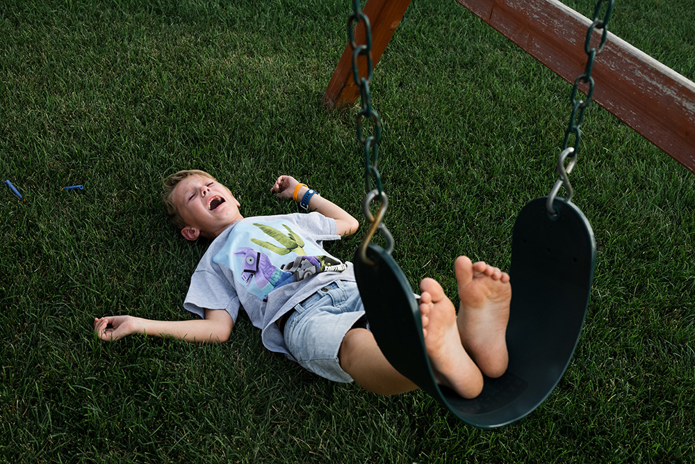 2 Karen Osdieck Jackson cries after falling backwards off the swing