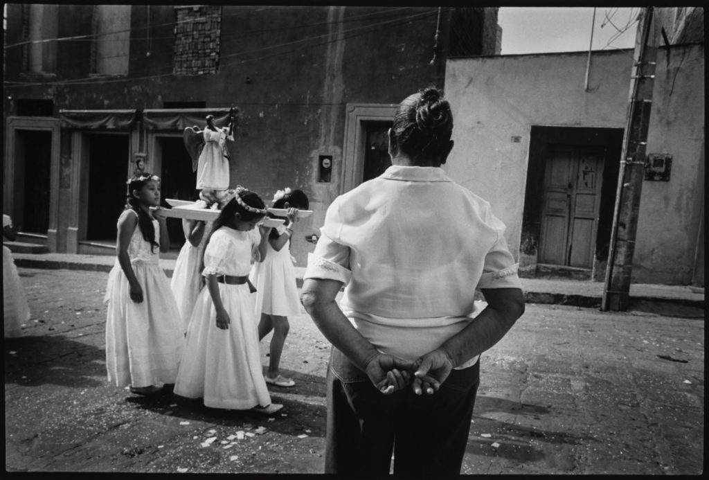 Jenna Mulhall-Brereton_Holy Wednesday procession, San Miguel de Allende_3