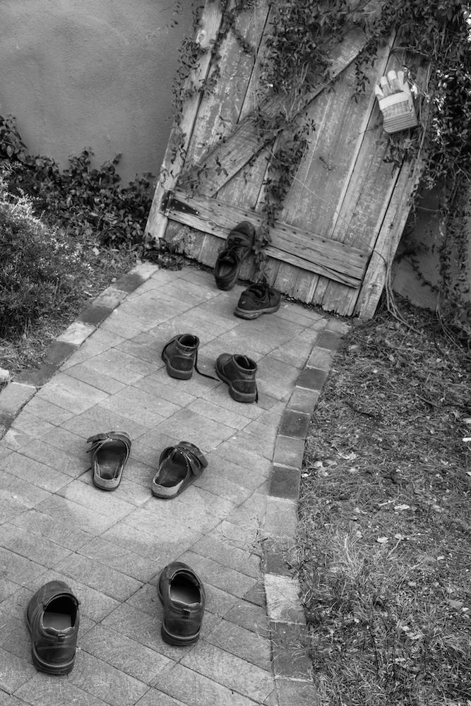 Luigi_Lucarelli_I_Walk_Alone