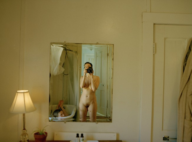 Paula_Lycan,_Bathroom_in_Tungsten,_2020
