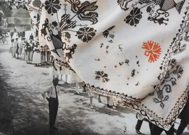 Astrid Reischwitz: Spin Club Tapestry