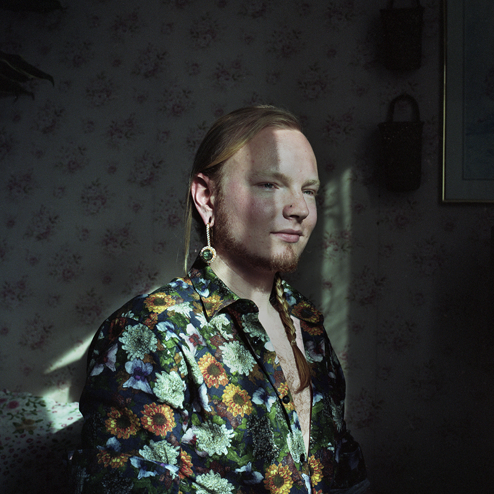 Edea, 28 Hamar, Norway - At this time, I can not see us all agreeing on what gender actually is. As such, I can not define myself in terms of gender either, and I do not feel the need to. There is so much more exciting and interesting to a person than their gender or sexual orientation. My sexual orientation means I am attracted to a certain group of people, and that is all; it does not say anything about who I am. Who I am is about the qualities I have, my values and personality. So, to me, what gender you assign me is not so important. At 16 I concluded that I was actually a woman. And so, I lived as a woman for six years. Even before then I was mostly feminine all my life. However, at 22 I did not want to live that way anymore. I tried putting on a more masculine expression, and that was entirely new to me. I viewed it as entering a third phase, not going back in any way. I don not identify through gender at all anymore. When people call me 'he', 'she' or 'they', I just feel like they highlight different traits of mine, and it is all positive. I have realized that I can be exactly who I am, in the body that I have. I do not need any acknowledgment either way. It is not so much that I have changed, but through living and learning, with time and experience, I have developed new views. And so, I see myself in a new light.