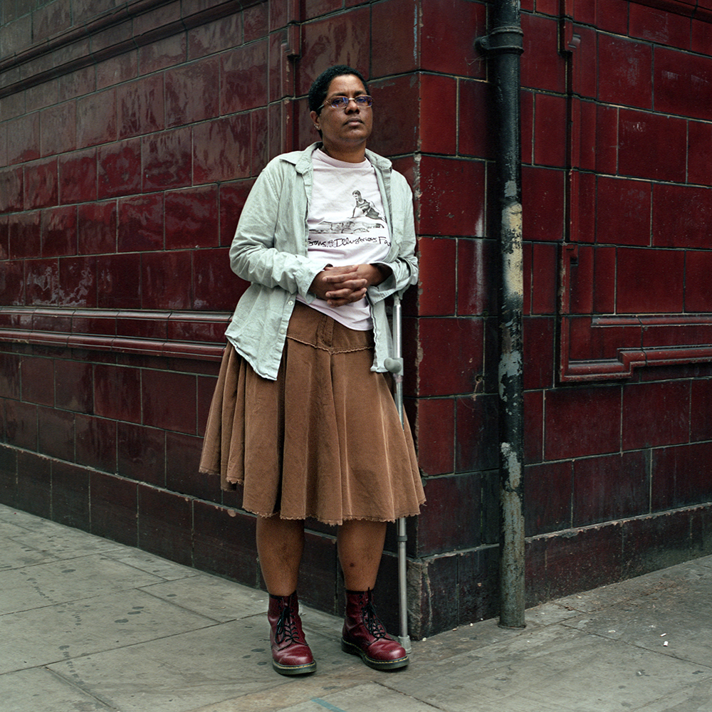 Angie, 43  Born in Trinidad & Tobago, lives in London, UK Identifies as a non-binary person. Angie uses the pronouns they/them. - I do define myself as a non-binary person. I was originally assigned female at birth, and that never really felt right, but I also did not identify as male. It kind of took me a long time to work out what I was. And then, at some point, I came across the concept of non-binary, and that just felt right. To me, it is about being able to accept myself in any way, and not feel bad, or that I am doing it wrong or that I am not being enough of a woman or enough of a man. I can kind of create my gender without feeling that I am not authentic.