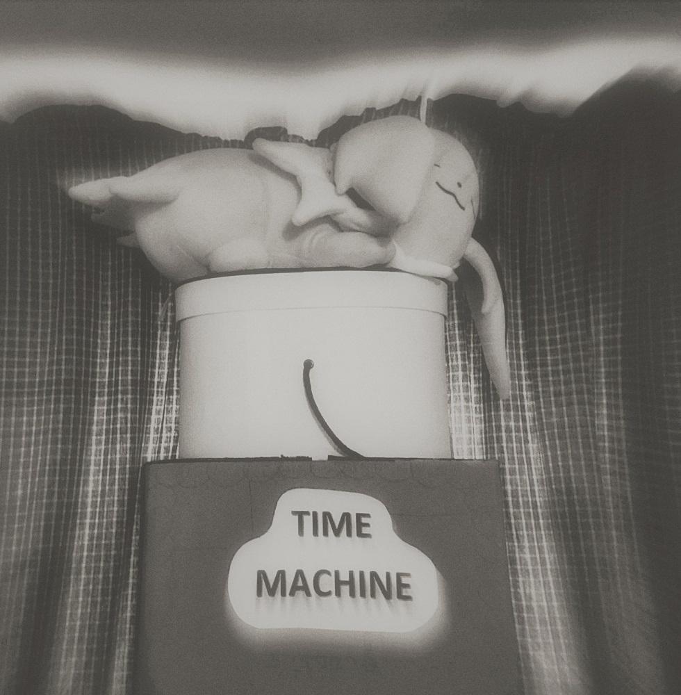 ©Maureen Mulhern-White, Time Machine, Roxbury, CT, www.maureenmulhern.com