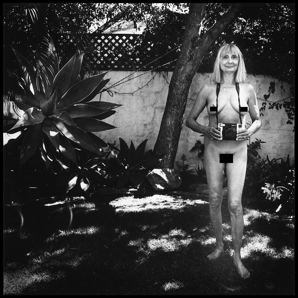 Lisa_with_Camera