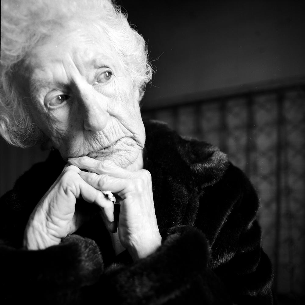 01_Fine_Grandmother