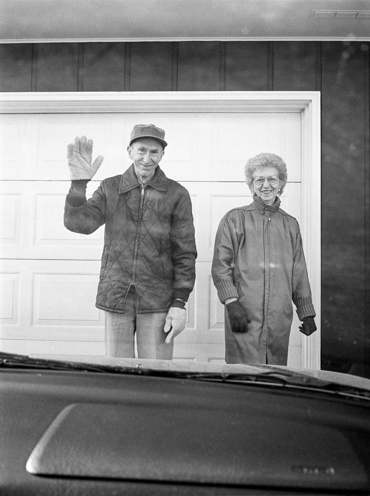 Leaving and waving, 12/1995