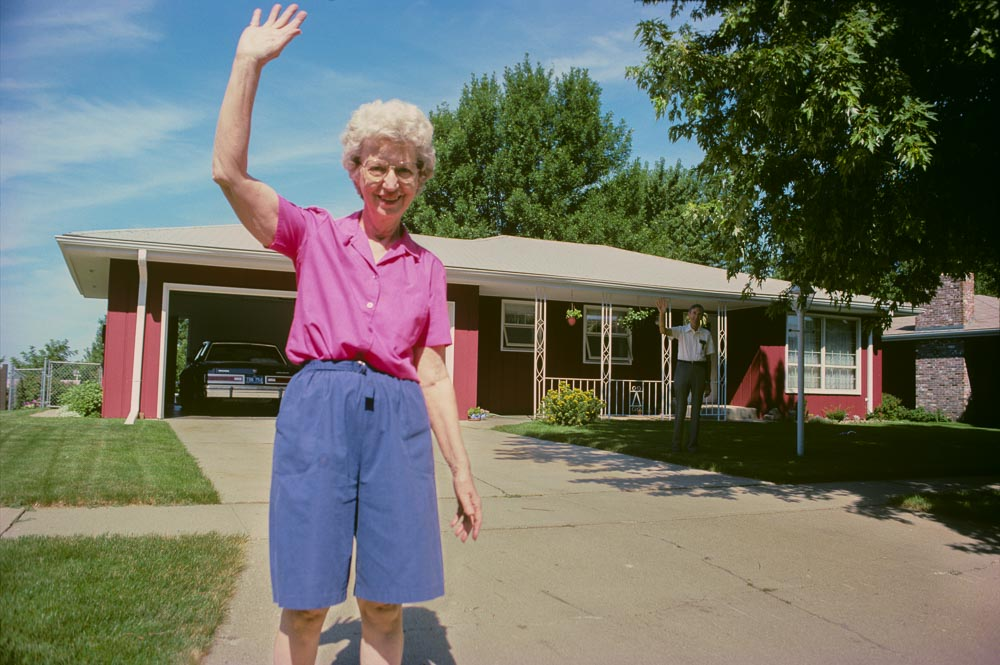 Leaving and waving, 7/1991