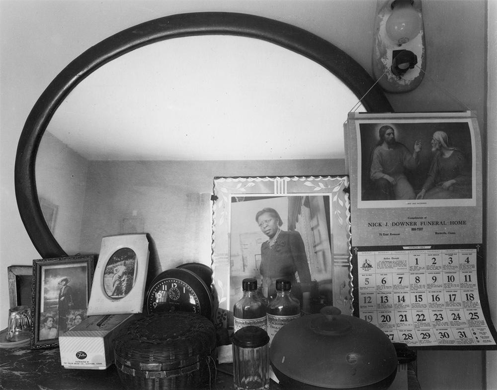 Connor, Linda_Bureau Top, Norwalk, CT, 1967_02