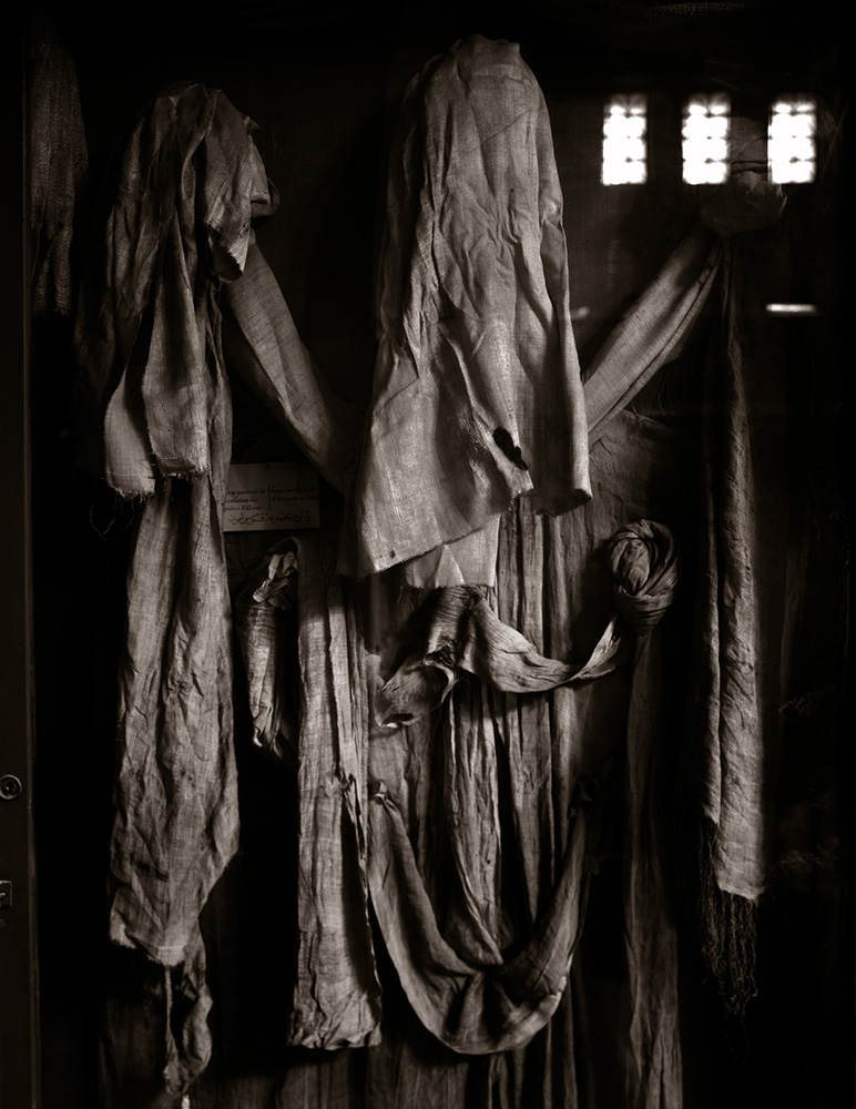 Connor, Linda_Burial Cloths, Egypt, 1989_05a