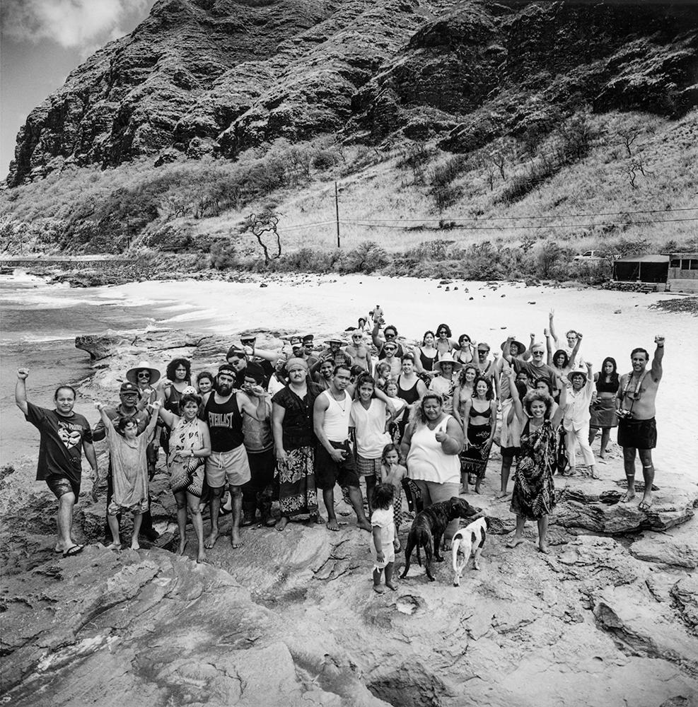Greevy_Mākua_Valley_beach_community_1996_011