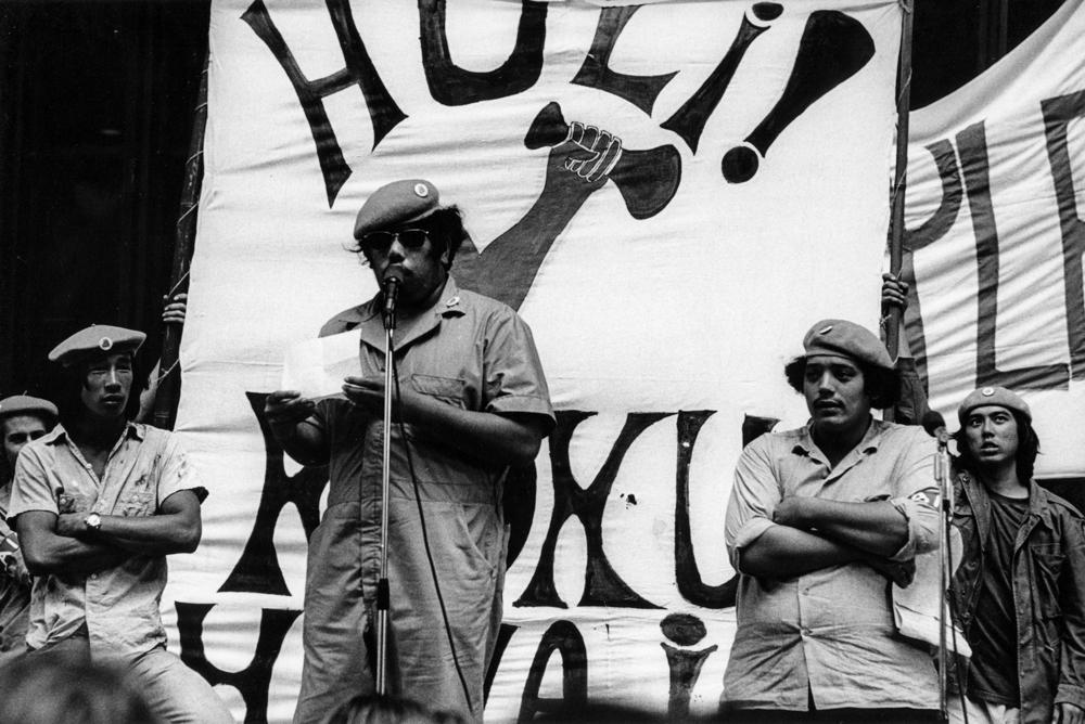 Greevy_Save_Our_Surf_ Kōkua_Hawaiʻi-Kalama_Valley_Demonstration_State_Capitol_1971_03