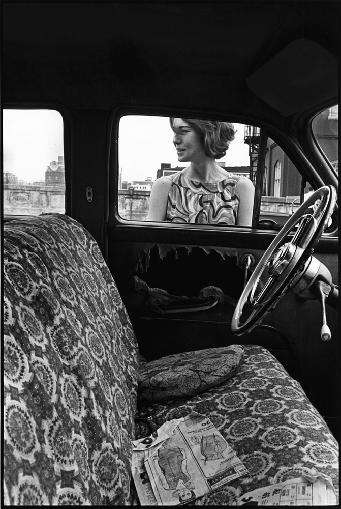 Leslie, Downtown, Knoxville, 1967 gelatin silver print, copyright Danny Lyon-Magnum Photos, courtesy Etherton Gallery